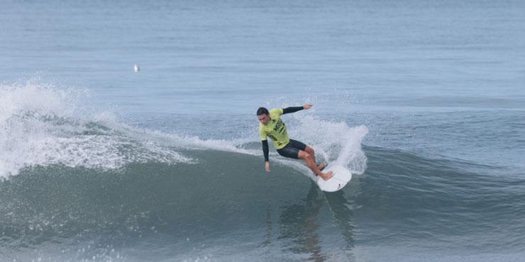 Seaver surf student riding a wave